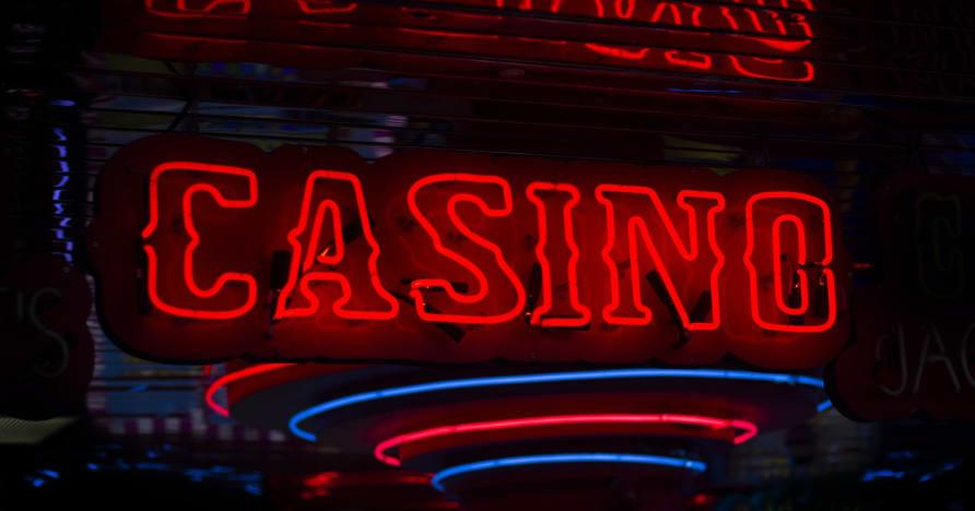 La diferencia entre los casinos en línea y los casinos físicos